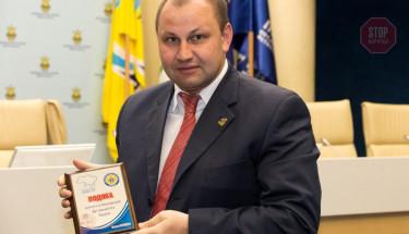 Скандального Дмитра Руденка з Вінницької поліції звинуватили у махінаціях і погрозах
