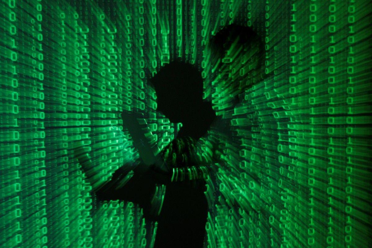 На Волині викрили двох кібершахраїв: їхній мобільний додаток для пошуку друзів викрадав кошти