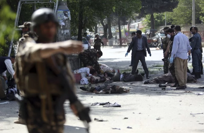 Теракт у Кабулі: Кількість жертв збільшилася до 29, щонайменше 7 з них – журналісти
