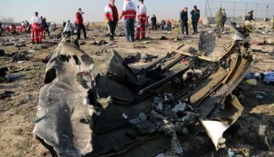 Глави МЗС України та Канади обговорили розслідування катастрофи літака МАУ в Ірані