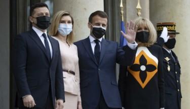 Президент у Парижі: Україна потребує підтримки і конкретики