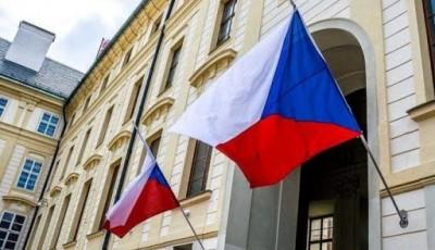 Чехія на тлі дипломатичної війни з РФ більше не розглядає купівлю